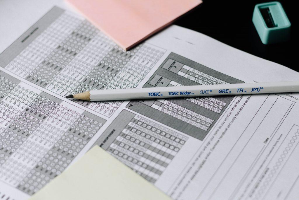 Gabarito da prova a ser preenchido pelo aluno e as dicas para o ENEM do SAS podem ajudar.